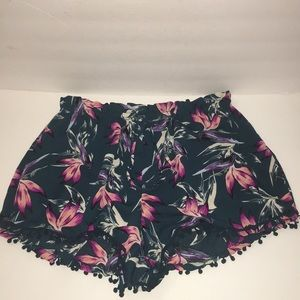 About a Girl Pompom Bird of Paradise Print Shorts